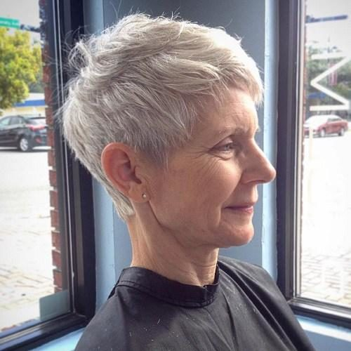 13-older-womens-gray-pixie-hairstyle-1-5115553