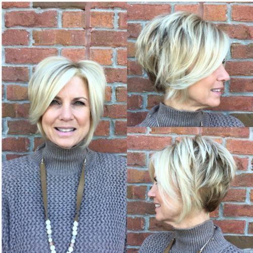 19-short-layered-blonde-bob-1-3690319