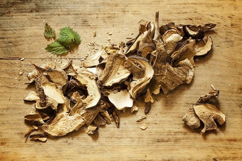 dried-porcini-mushrooms
