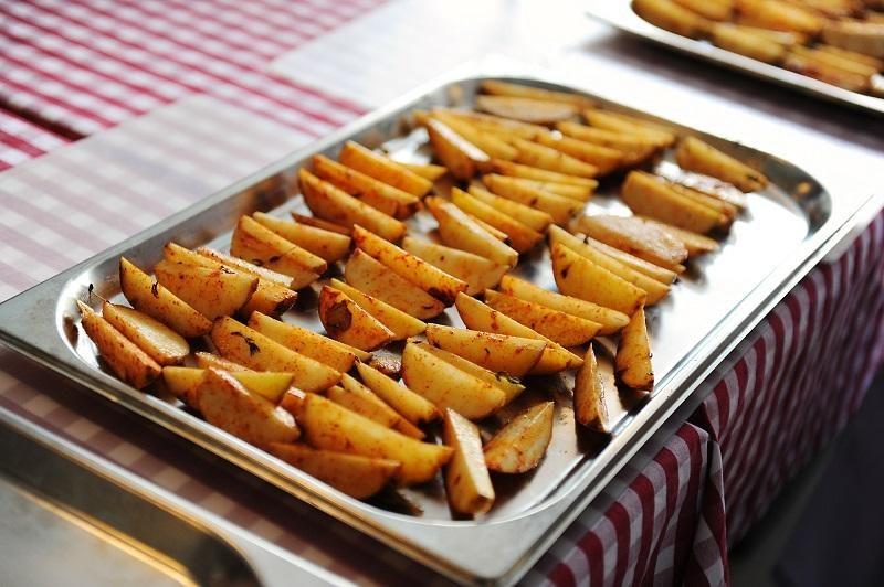 potato-wedges-on-a-metal-baking-sheet