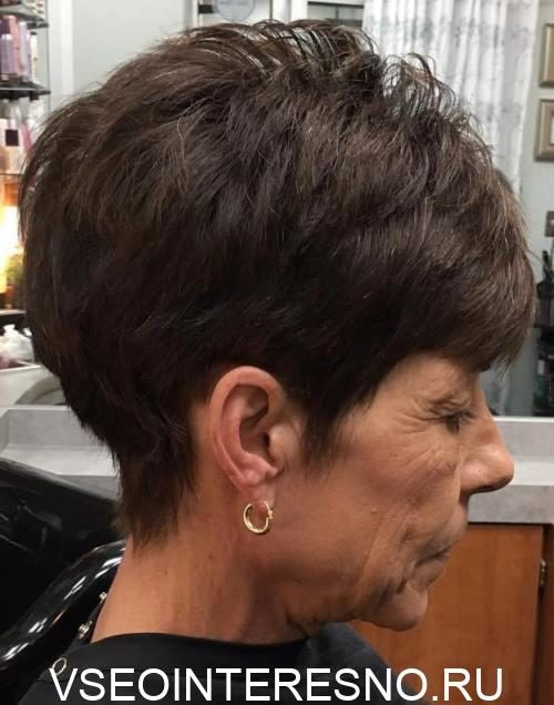 8-pixie-hairstyle-for-older-women-1-5768170