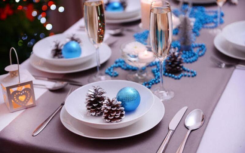 servirovka-novogodnego-stola-2020-goda-oformlenie-10-4747389