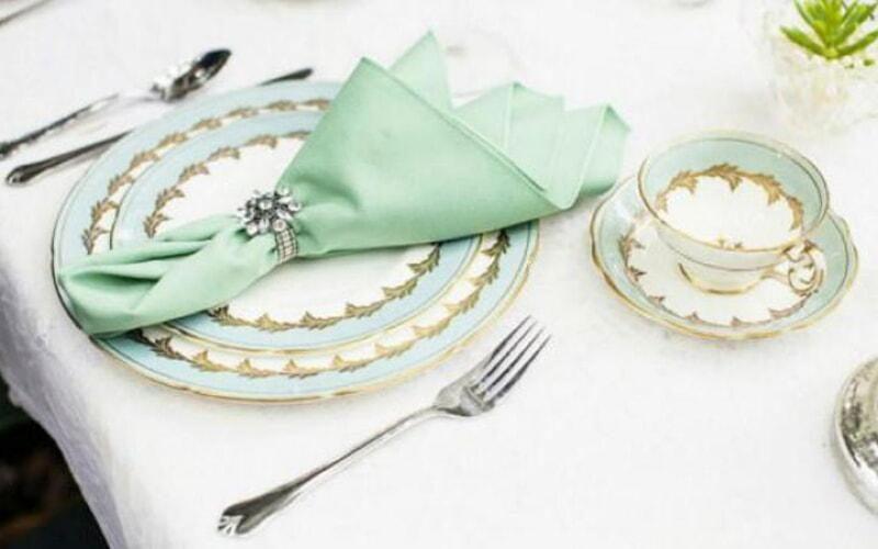 servirovka-novogodnego-stola-2020-goda-oformlenie-20-9510328